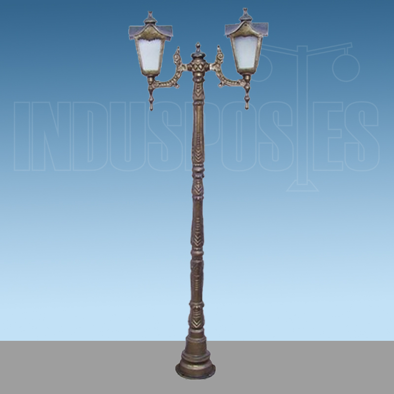 Poste de Aluminio Madri com 2 Luminarias