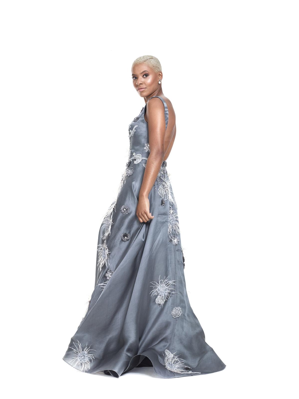 Vestido Bordado 3D Plumas