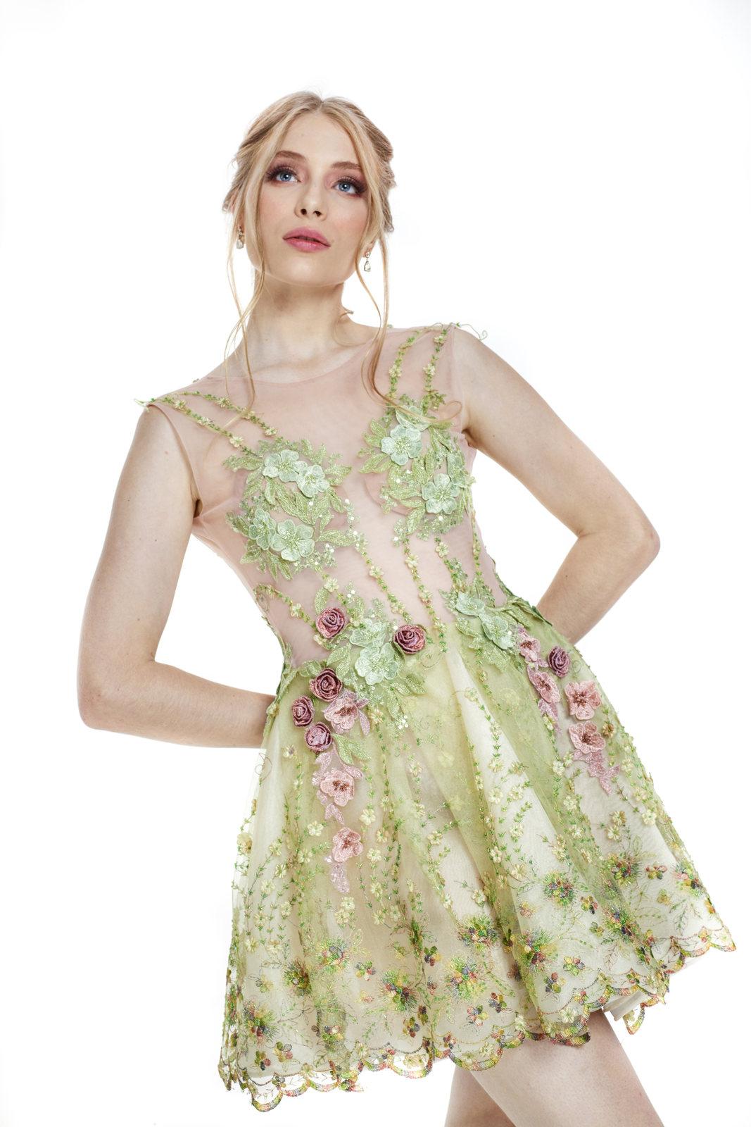 Vestido Bordado Flores 3D Versailles
