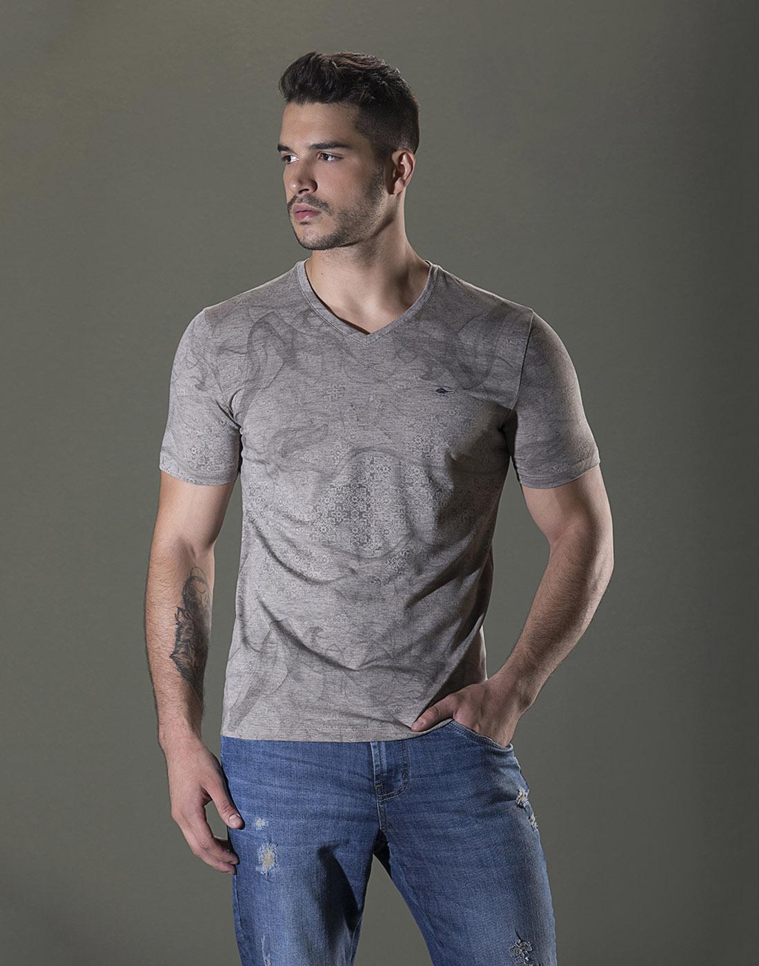 Camiseta Gola V. Estampada Areia Sallo