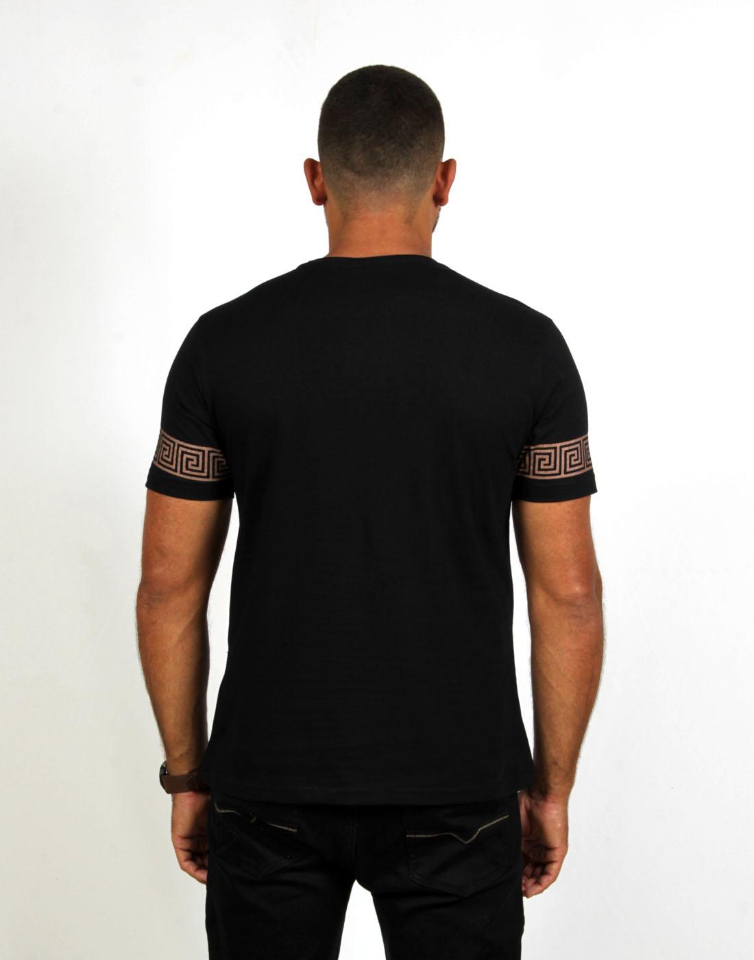 Camiseta Masc. Especial Estampada Fatal