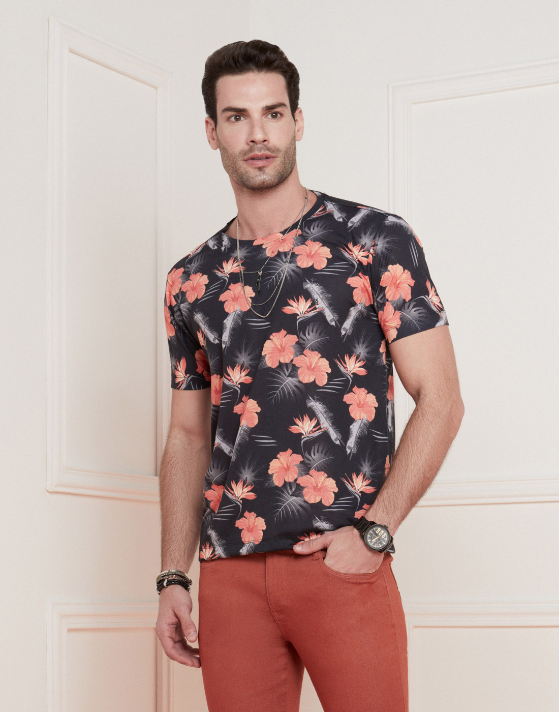 Camiseta Masc. Estampa Tropical Six One