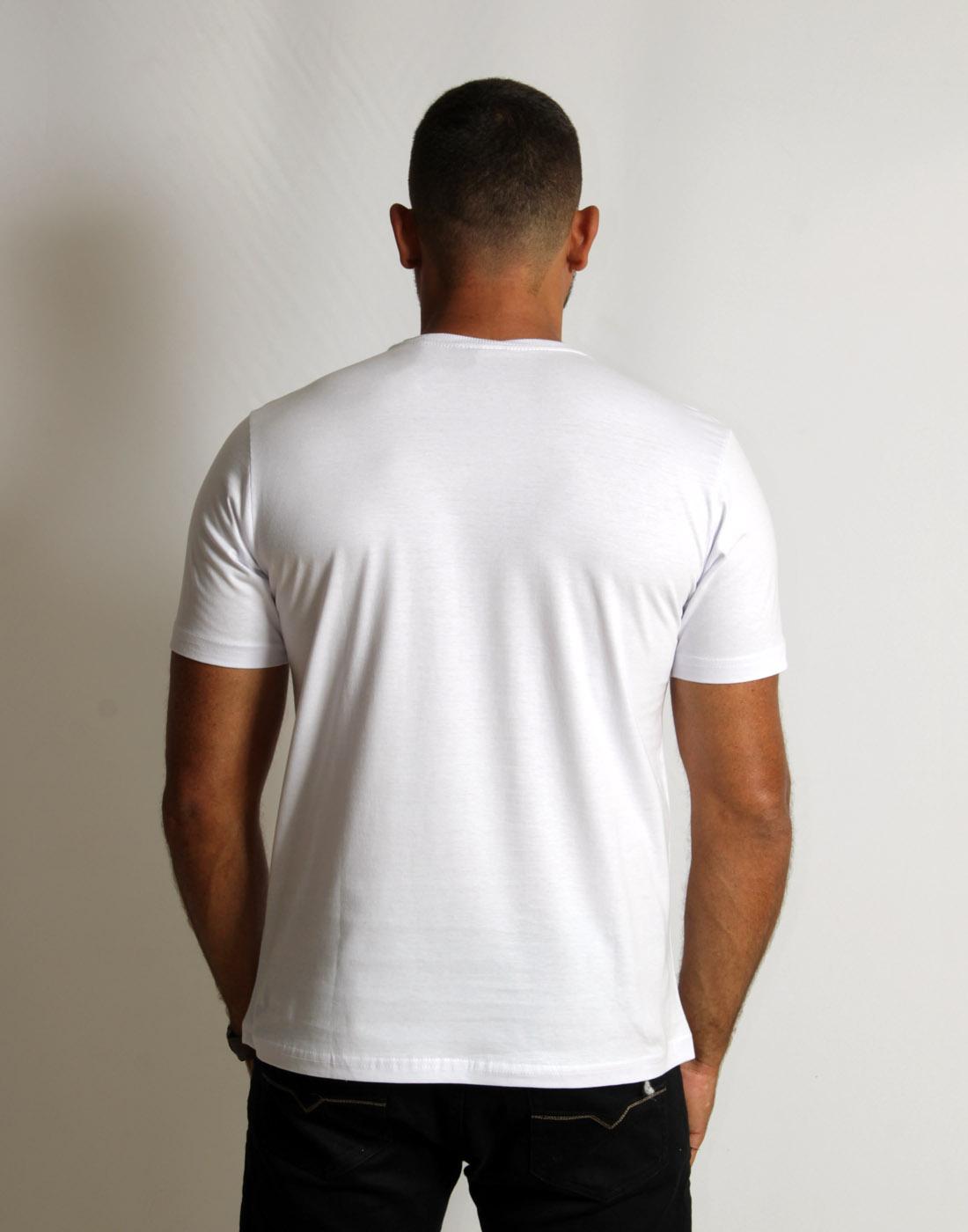Camiseta Masc. Estampada California Vibes Fatal