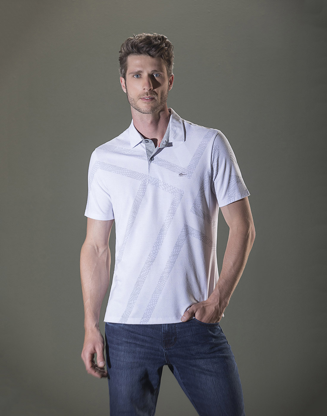 Camiseta Polo Estampada Branco Sallo
