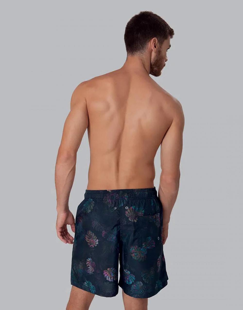 Shorts Estampado Folhagem FPS 30 Preto Mash