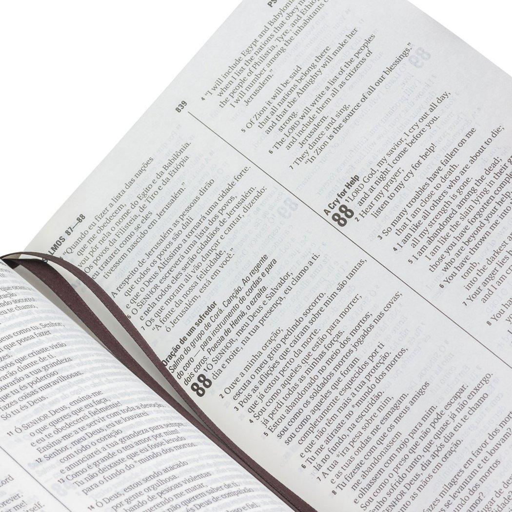 Bíblia Bilíngue Português  Inglês: Nova Tradução na Linguagem de Hoje (NTLH)  - Universo Bíblico Rs