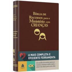 Bíblia de recursos para o ministério com crianças - Luxo PU marrom  - Universo Bíblico Rs