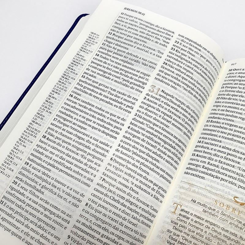 Bíblia Sagrada com Anotações A.W. Tozer | Letra Normal | ARC | Média Luxo  - Universo Bíblico Rs