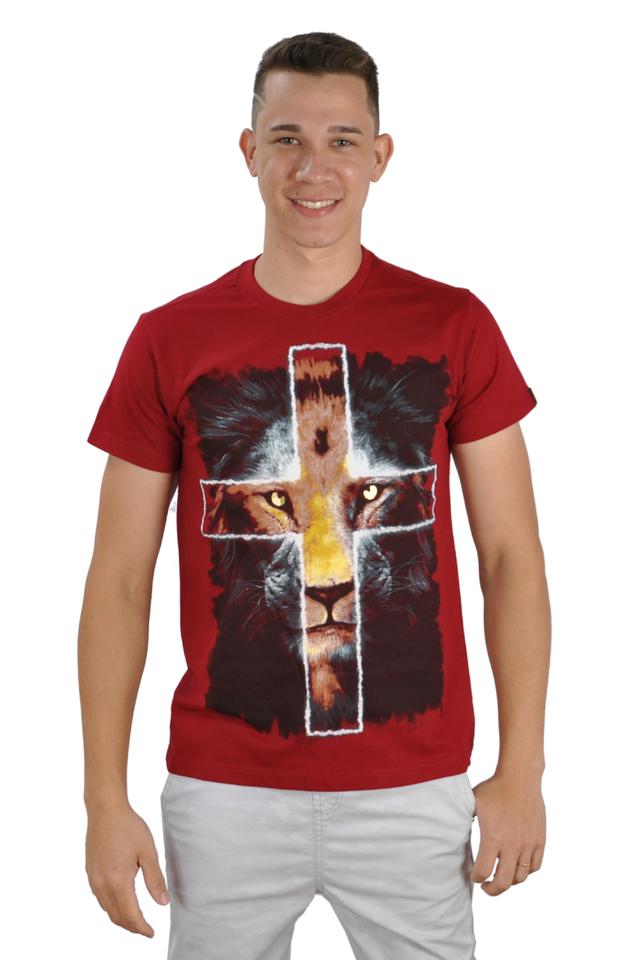 Camiseta Leão Cruz /  Vermelha  - Universo Bíblico Rs