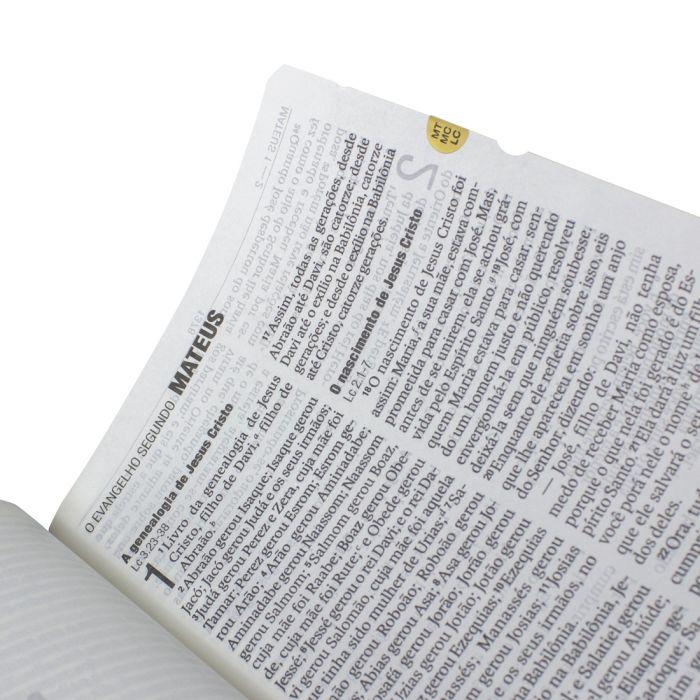Bíblia Letra Gigante Marrom - (NAA)  - Universo Bíblico Rs