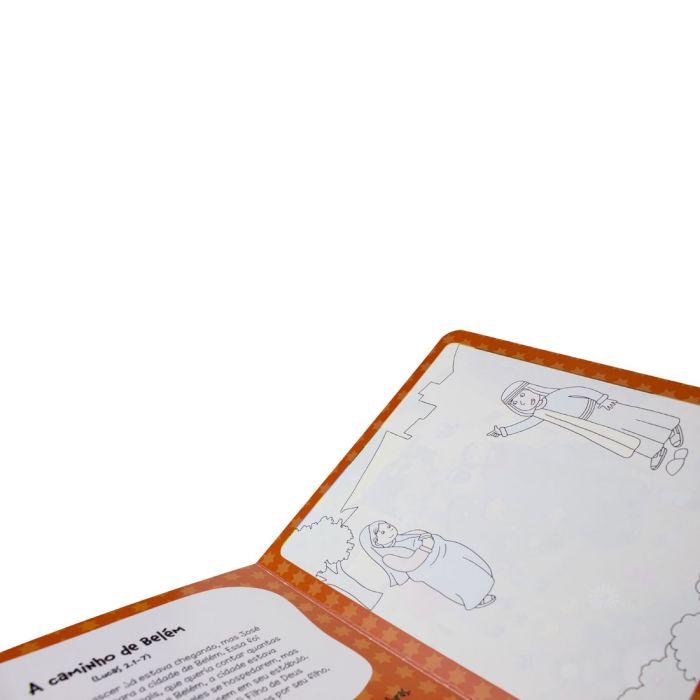 Um livro para pintar com água - Quando Jesus Nasceu  - Universo Bíblico Rs