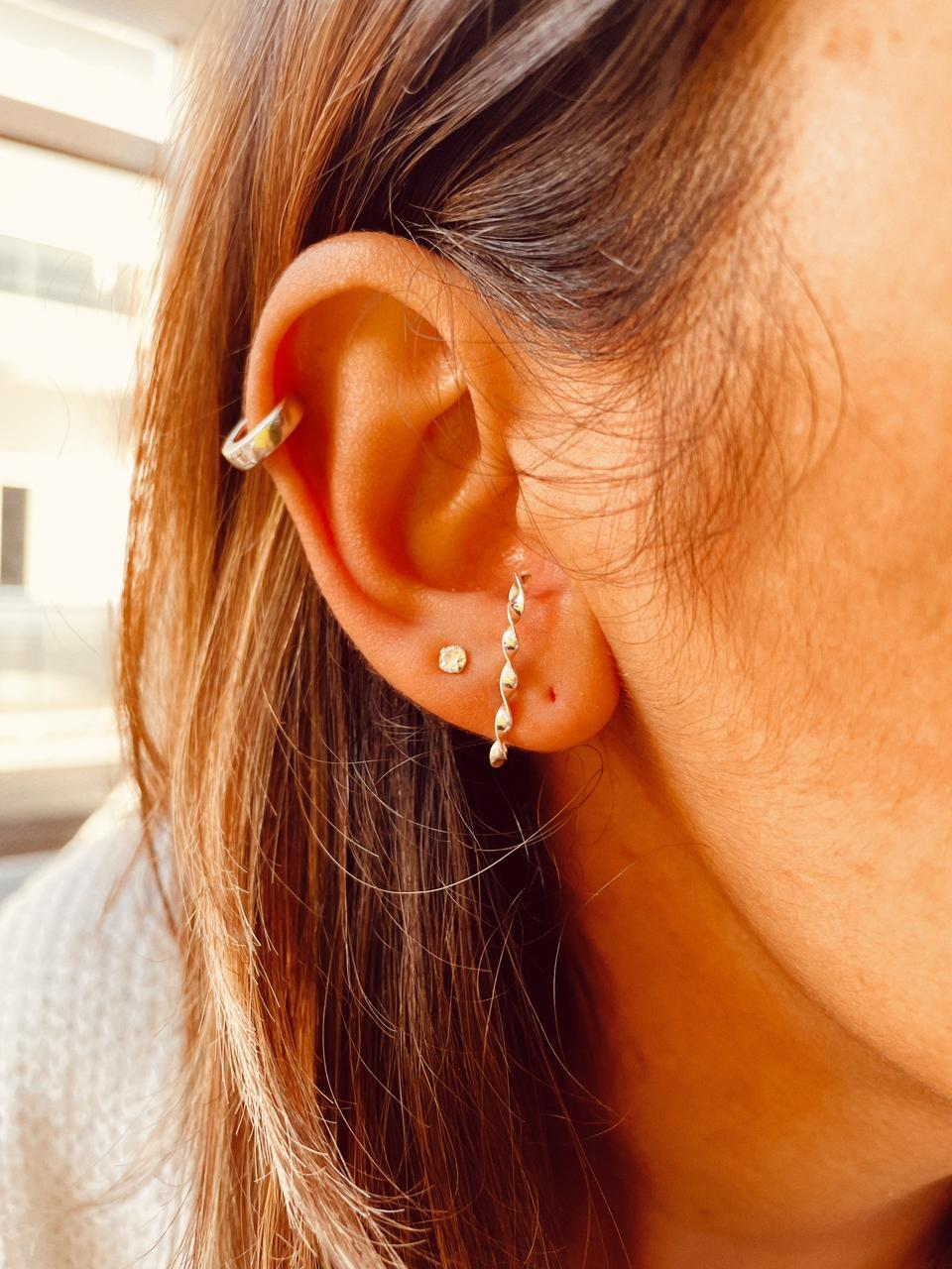 Brinco de Prata Ear Hook Torcido