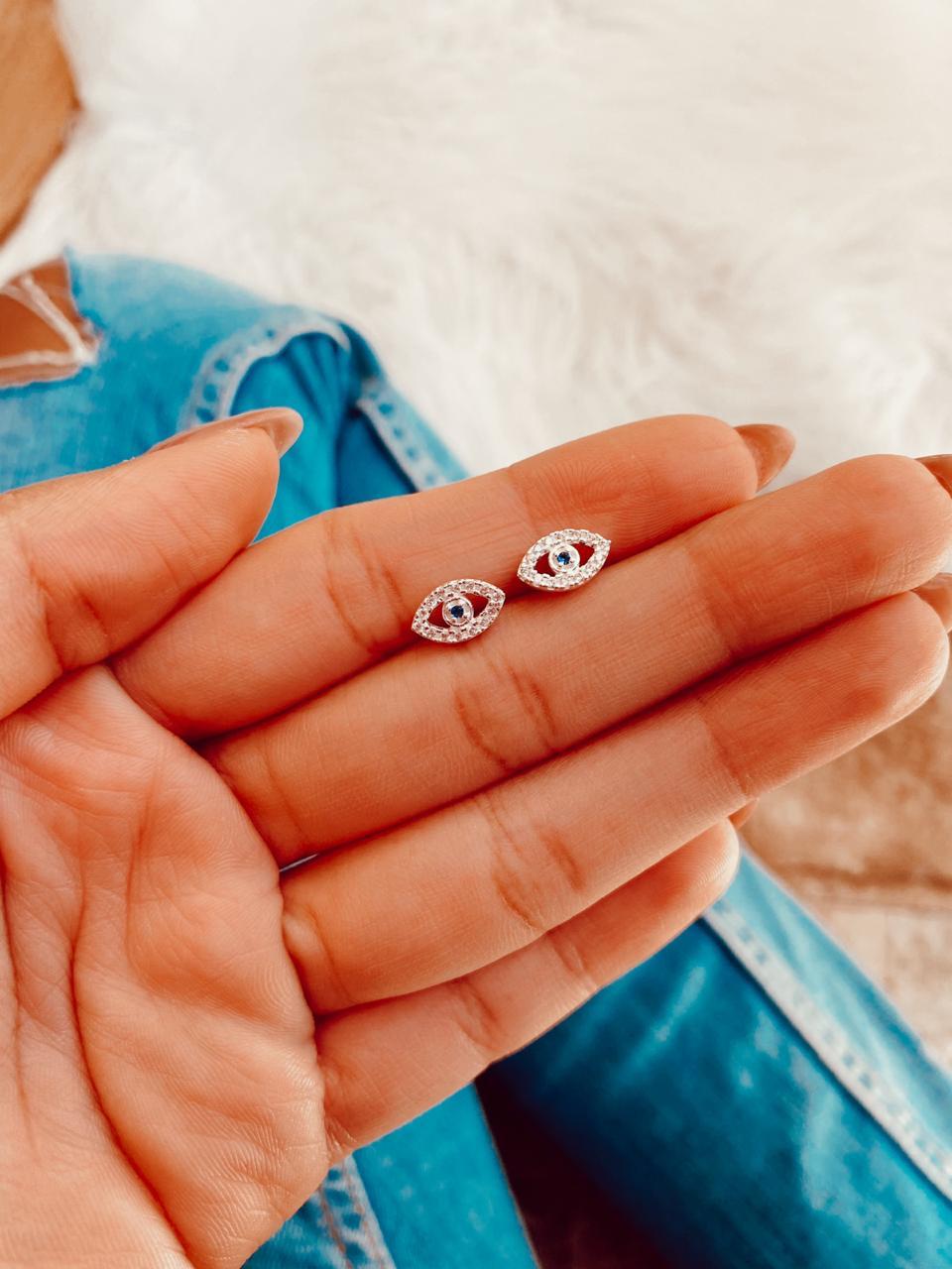 Brinco de Prata Olho Grego Micro Zircônias
