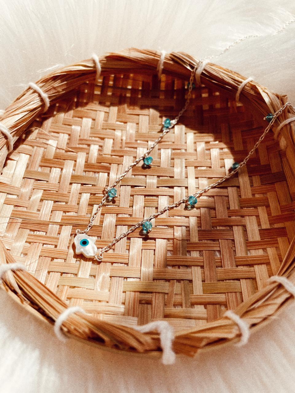 Colar de Prata Cristais Azul Hamsã