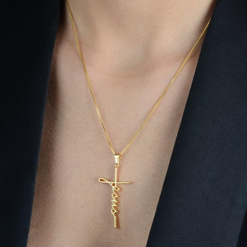Gargantilha Religiosa de Cruz Jesus Banhada a Ouro 18K