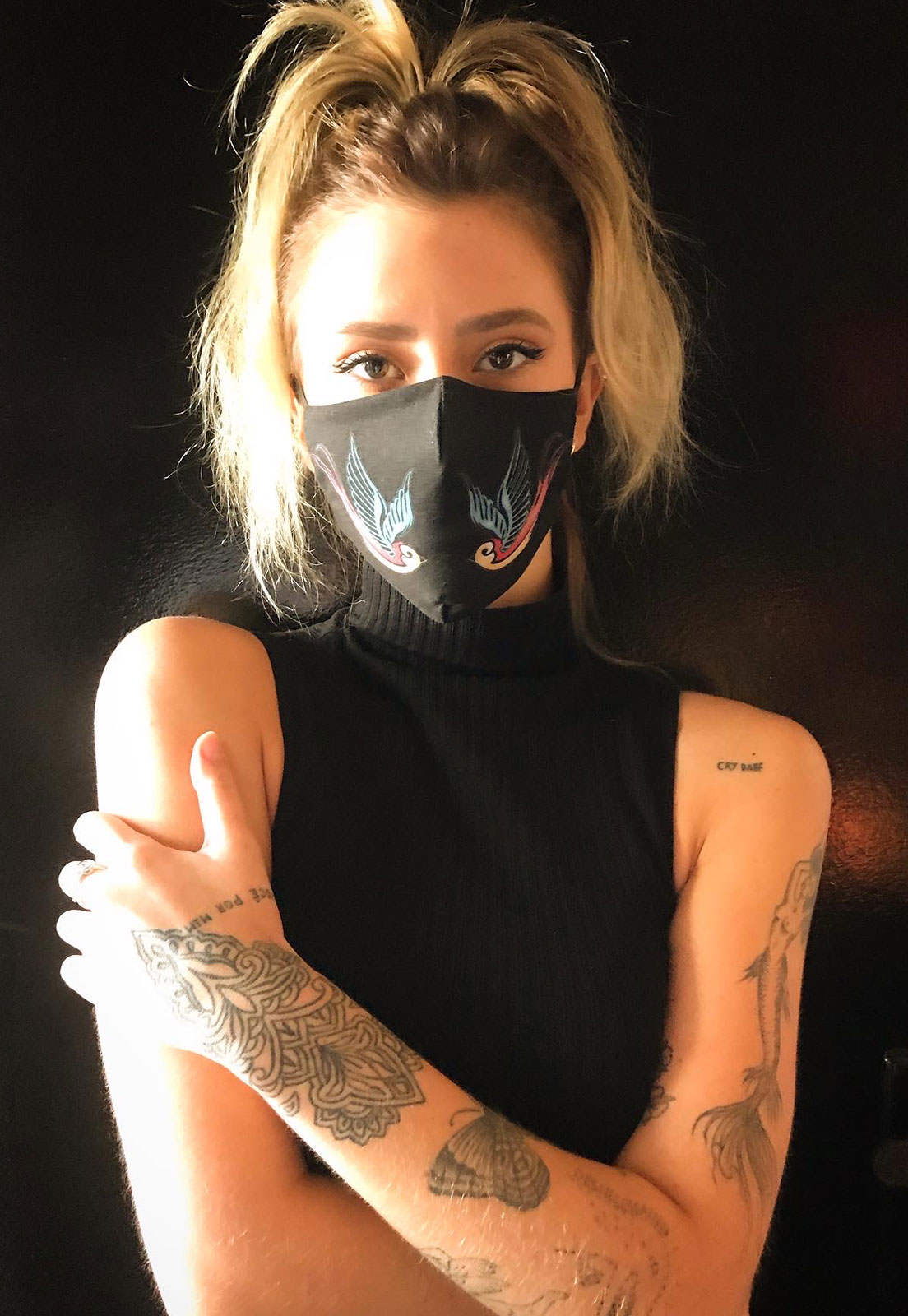 Máscara Dupla camada Tattoo Andorinhas