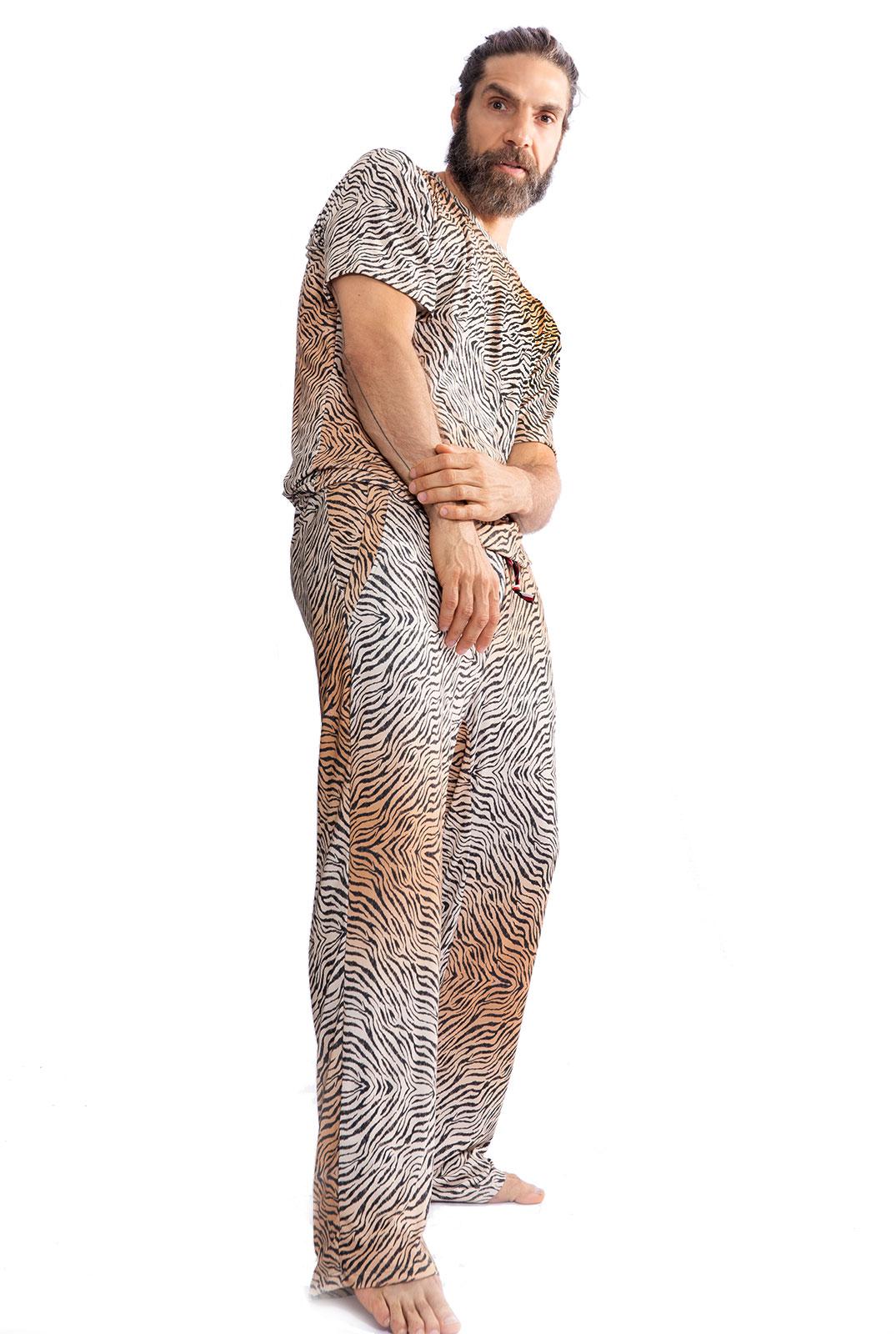 Pijama Longo Thais Gusmão Masculino Leopardo
