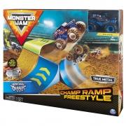 Monster Jam - Escala 1:64 - Playset Com Pista E Carro - San-Uva Digger