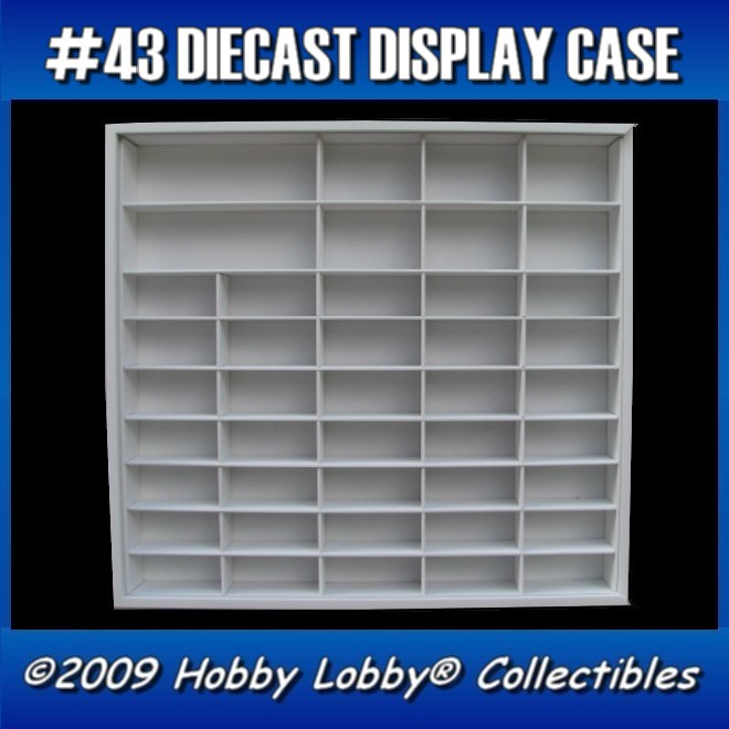 #43 DIECAST DISPLAY CASE - 1:64 [Branco]  - Hobby Lobby CollectorStore