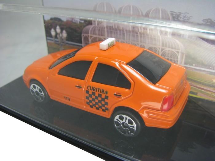 Miniatura Customizada - VW Bora Taxi de Curitiba  - Hobby Lobby CollectorStore