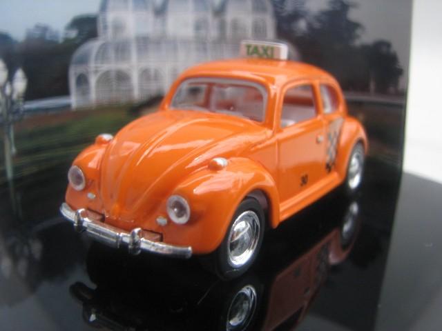 Miniatura customizada - Fusca Taxi de Curitiba  - Hobby Lobby CollectorStore