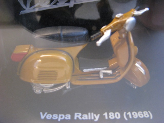 Vespa Rally 180 (1968)  - Hobby Lobby CollectorStore
