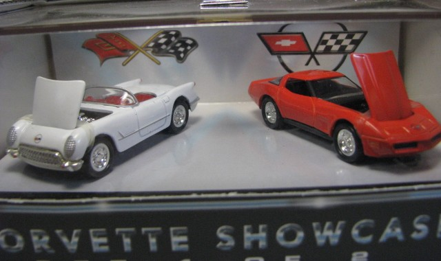Hot Wheels 100% - Collector Set - Corvette Showcase 1/2  - Hobby Lobby CollectorStore