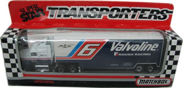 Matchbox NASCAR Transporter Valvoline Racing Team Mark Martin