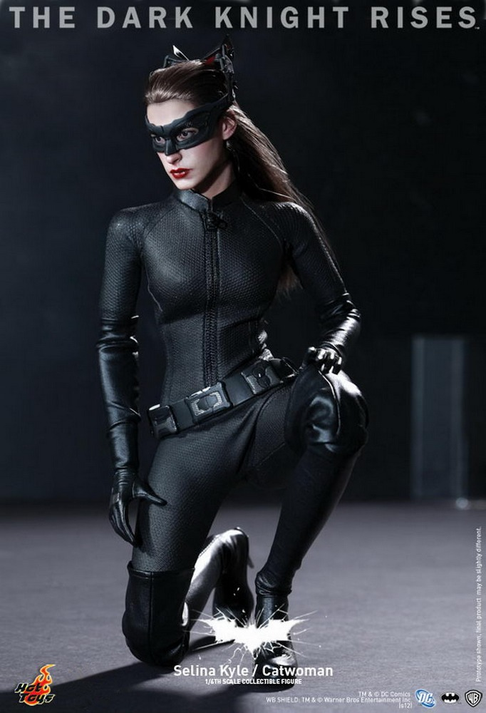 Hot Toys - The Dark Knight Rises - Catwoman - Selina Kyle - Hobby Lobby CollectorStore