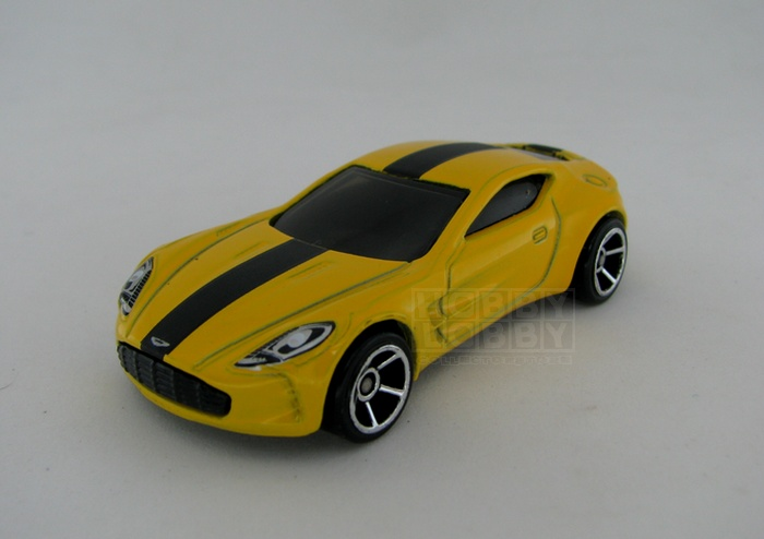 Hot Wheels - Coleção 2014 - Aston Martin ONE-77  (loose)