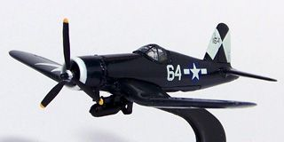 Johnny Lightning - Military Muscle - North American P-51D Mustang e Vought F4U-1A Corsair  - Hobby Lobby CollectorStore