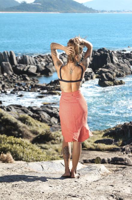 SUT MEIA TAÇA BOJO FIXO   SAIA BABADO  - Cila Beachwear