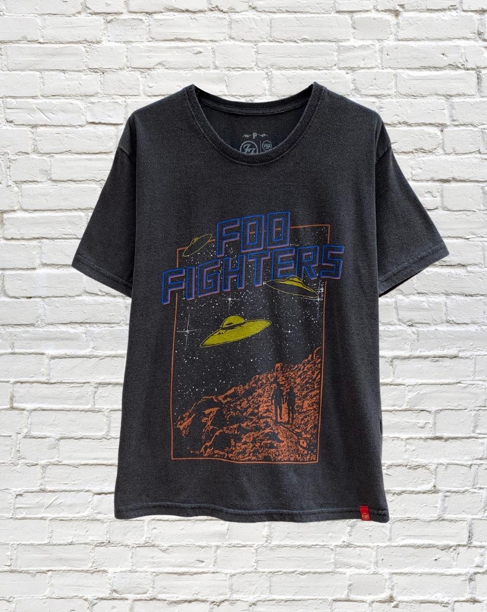 Camiseta Foo Fighters Ovni