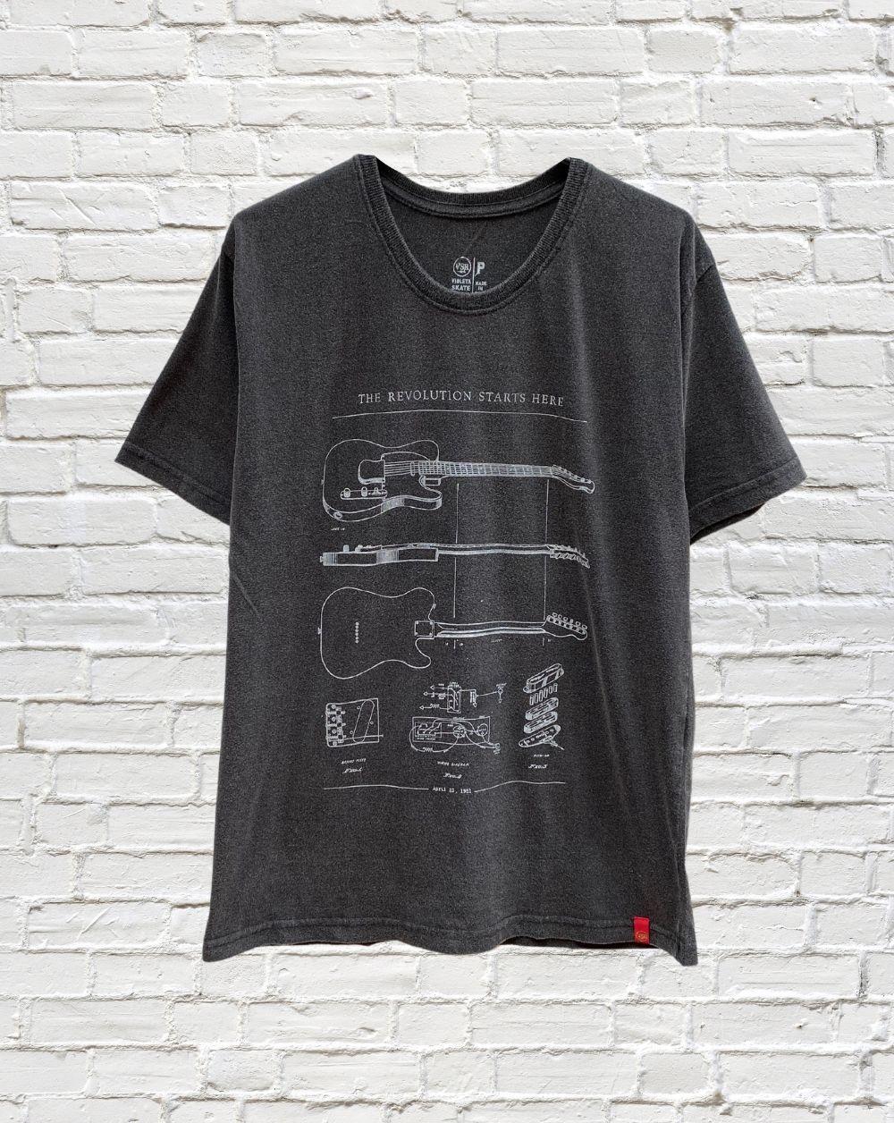 Camiseta Guitar Revolution
