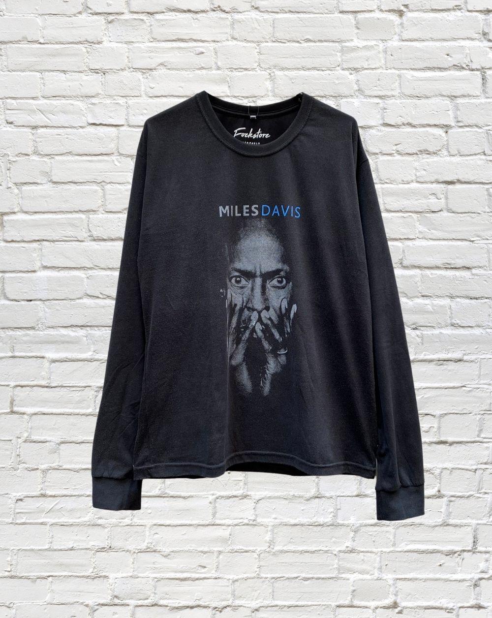 Camiseta Manga Longa Miles Davis