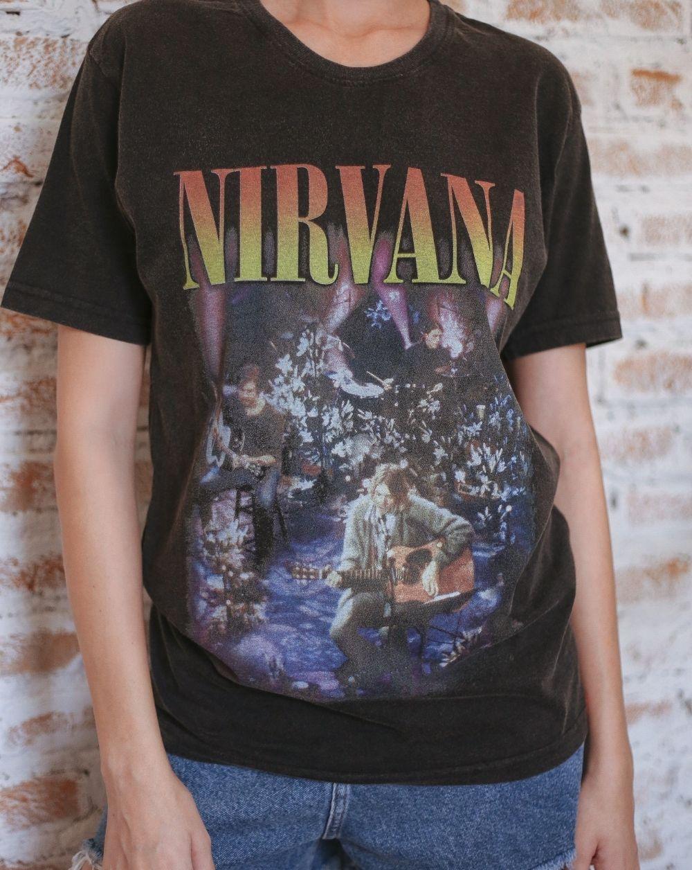 Camiseta Nirvana Acústico
