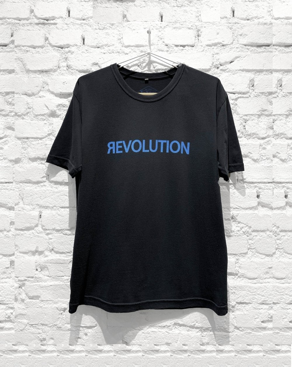 Camiseta Revolution
