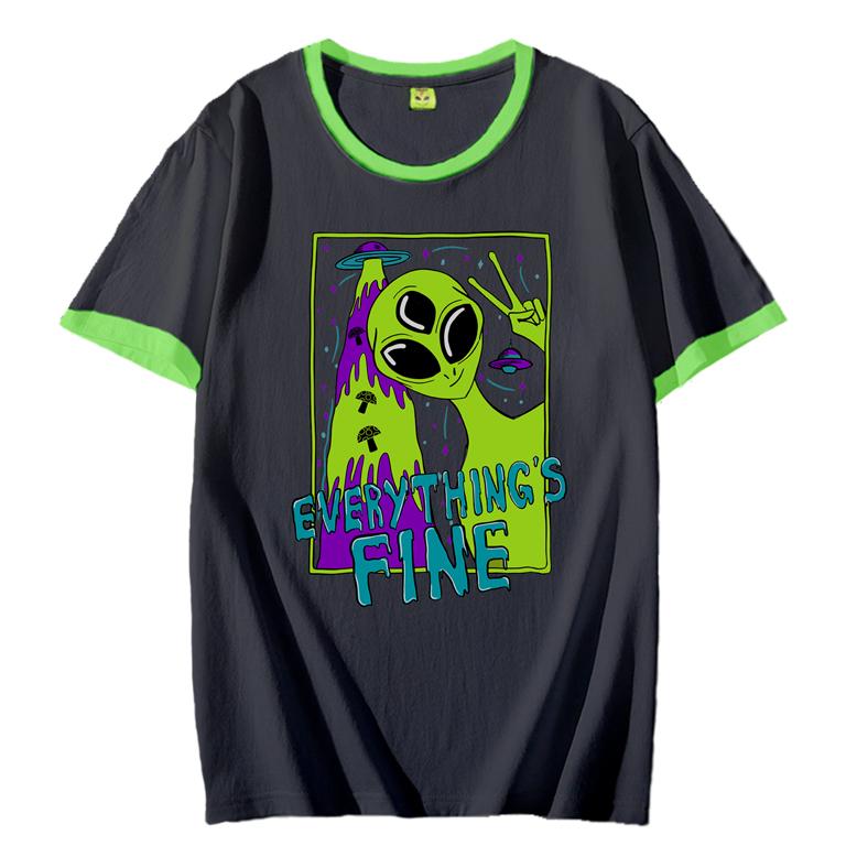 Camiseta Everythings Fine