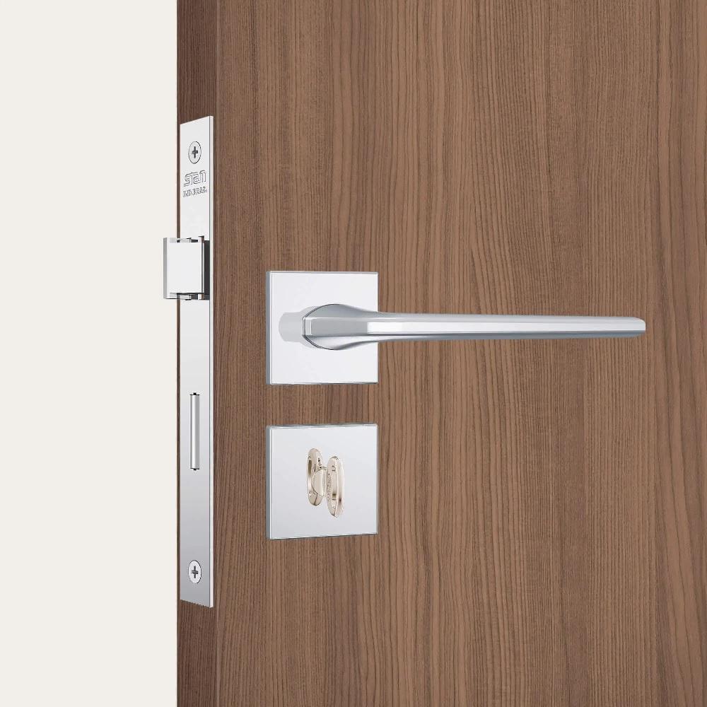 Fechadura Banheiro Inox polido Roseta quadrada Stam 823 27