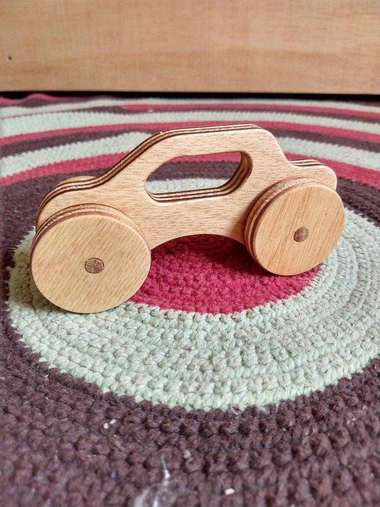 Conjunto carrinhos de madeira