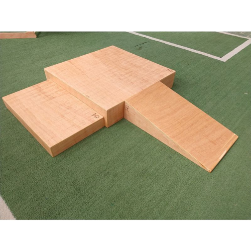 Pikler - duas caixas + rampa