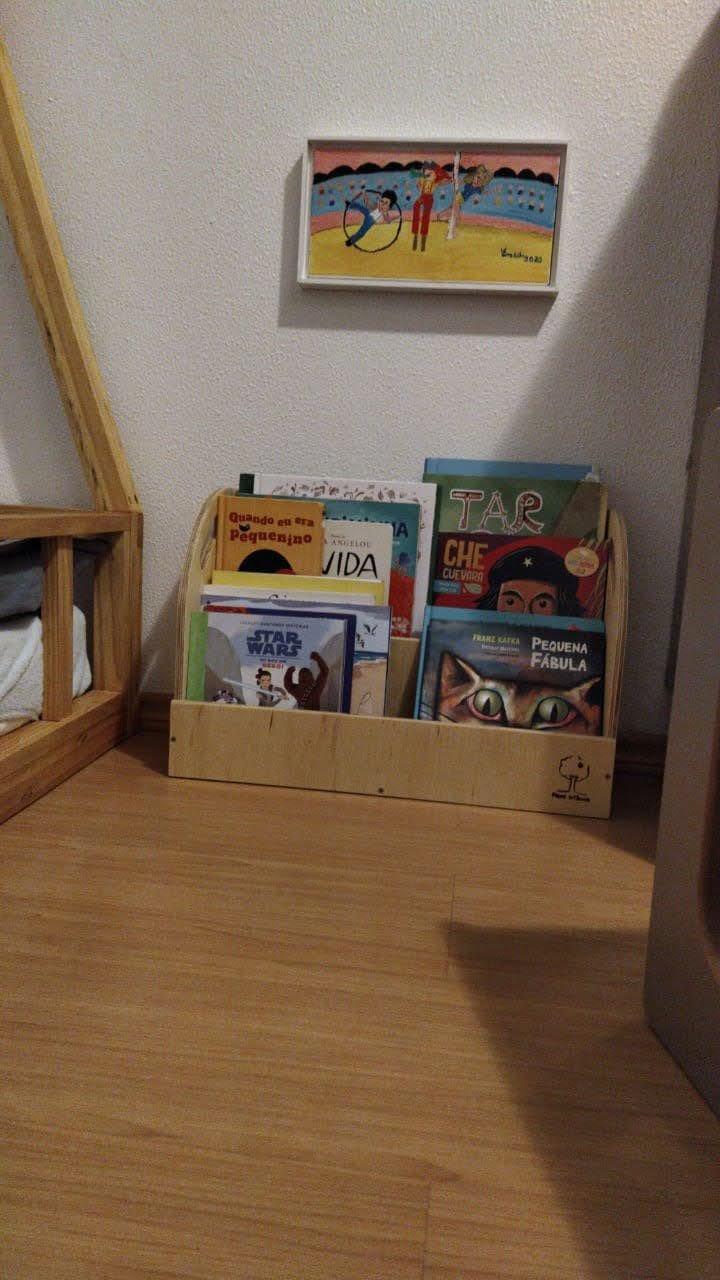 Porta Livros de chão