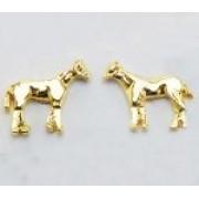 Brinco cavalo parado dourado