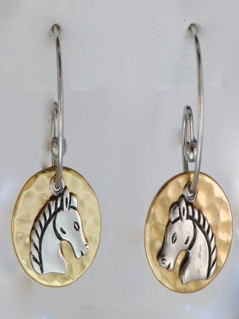 Brincos Esferas com Cavalos