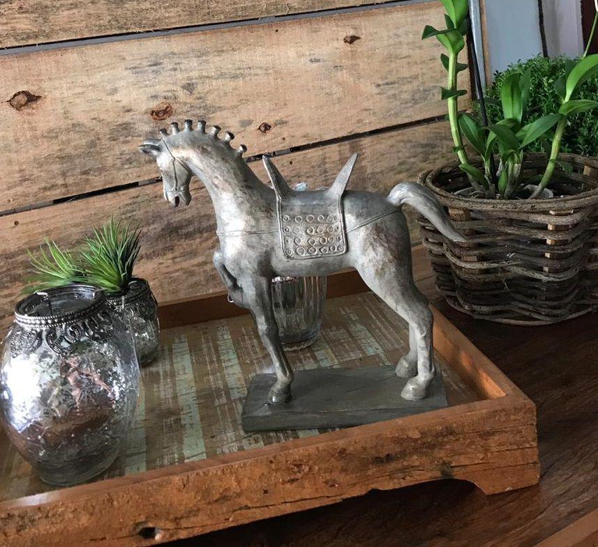 Cavalo Bronze com Sela