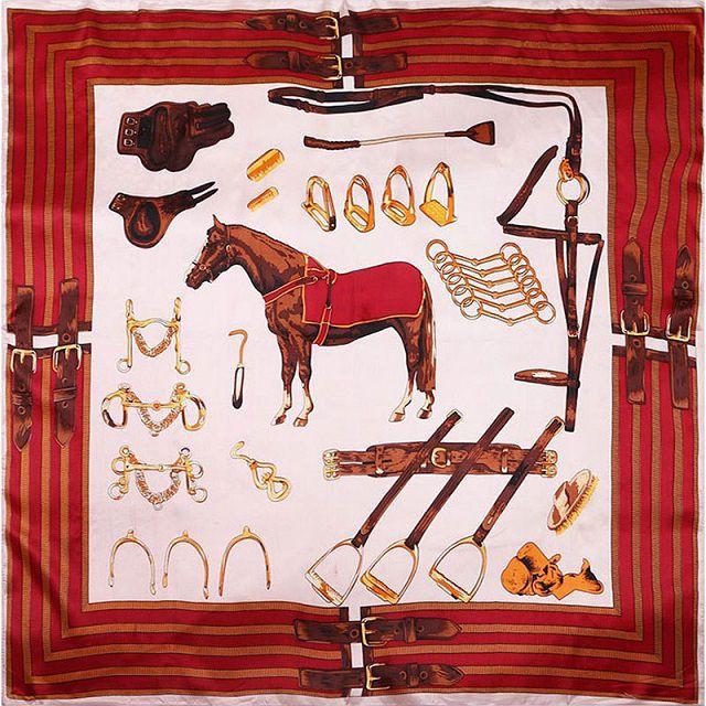 Lenço Seda com Estampa de Cavalo