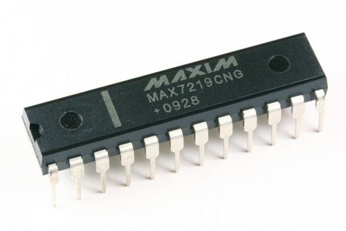 Circuito Integrado CI Max7219 para Display de 7 Segmentos Matriz Leds 8x8