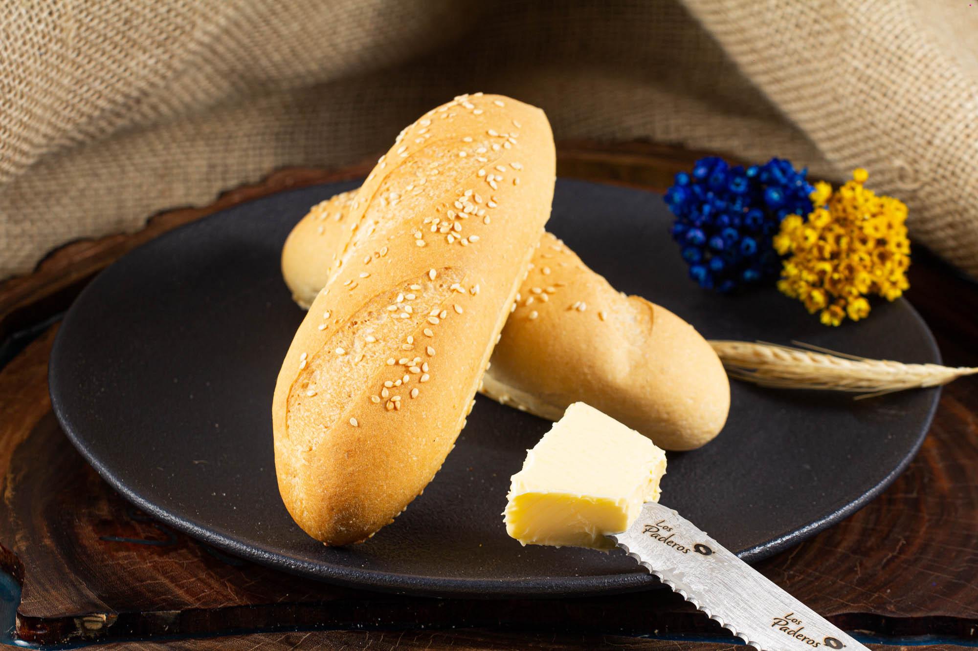 Baguete Francesa com Gergelim PRÉ-ASSADA - 5 und