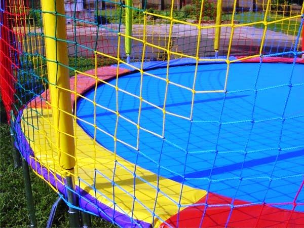 Rede de Proteção Colorida para Cama Elástica de 4,27 m