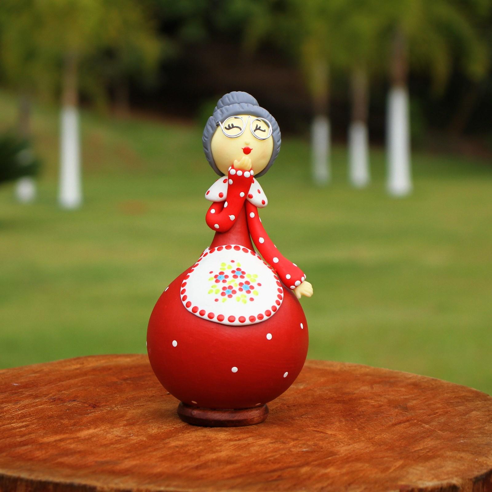Boneca Vovó Maria em Cabaça